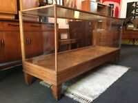 Early 20th Century Antique Oak and Glass Shop Counter/Display Cabinet. Vintage/Retro/Mid Century