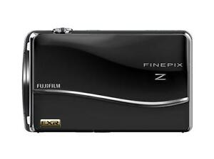 FujiFlim FinePix Z800EXR 12MP 5x Optical Zoom Touch 3.5
