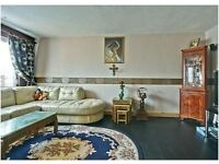 Spacious two bedroom maisonette in Charlton SE7