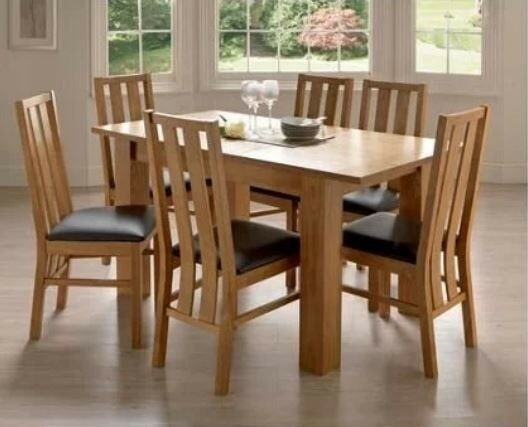 Homebase Extendable Dining Table With 4 Chairs In Wokingham