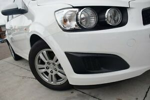2015 Holden Barina TM MY15 CD White 6 Speed Automatic Hatchback Waitara Hornsby Area Preview