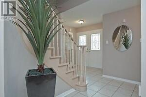 4+1 Bedroom Pickering Home For Sale!!