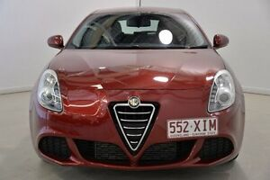 2013 Alfa Romeo Giulietta Series 0 MY13 Progression TCT JTD-M Red 6 Speed