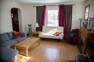 Close to Queens 4BR/2Bath Furnished