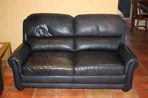 Moran Leather Lounge Suite - 2 Seater and 3 Seater 15 years old Leichhardt Leichhardt Area Preview