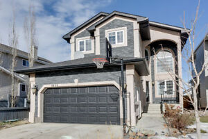 ****Beautiful Luxury 3 Bed Brintnell Home For Sale!****
