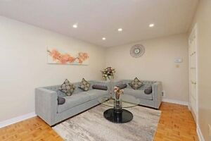 GORGEOUS 4+2Bedroom Detached House @BRAMPTON $789,000 ONLY