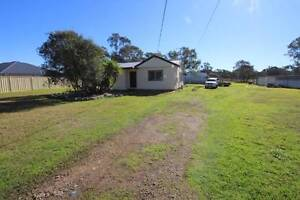 3 Bedroom home, Double Garage, Shed, Approx 1 Acre, dog kennels Londonderry Penrith Area Preview