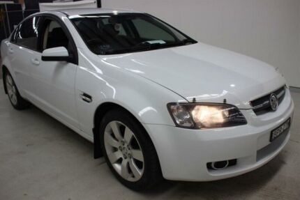 2009 Holden Commodore VE MY10 International White 6 Speed Sports Automatic Sedan