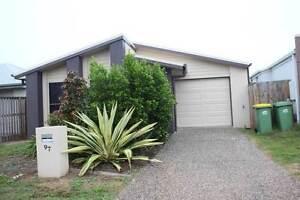 small home in blacks beach Blacks Beach Mackay City Preview