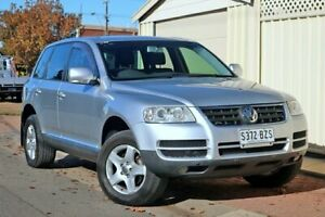 2004 Volkswagen Touareg 7L MY05 R5 TDI 4XMOTION Luxury Silver 6 Speed Sports Automatic Wagon Glenelg Holdfast Bay Preview