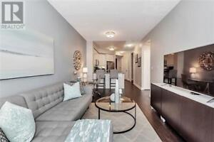 Beautiful Unit, 1+1 Br, 1 Wr, 70 ABSOLUTE AVE, Mississauga