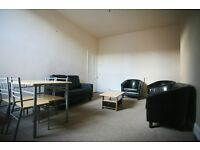3 bedroom flat in Oakland Road, Jesmond, Newcastle Upon Tyne, NE2