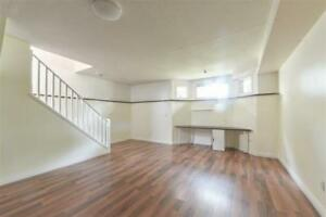 NAIT...1 ROOM IN BASEMENT AVAILABLE INCL. UTILITIES AND INTERNET