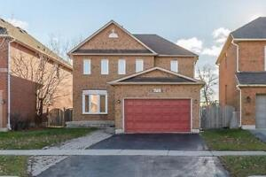 Rent 3 Bedroom Detached House In Mississauga