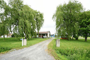 3549 Labelle Rd, Bourget, K0A 1E0 for sale!