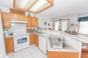 Townhome Style Condo in Gated Community! Edmonton Edmonton Area image 5