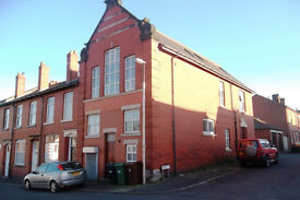 Large 2 storey, 2 bed apartment in South Golborne to let