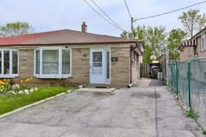 Great Starter Home In A Central Location! Well Maintained Semi-D