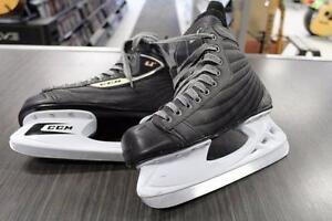Liquidationde saison  sur nos patins à glace Chez Comptant illimite.com 819-822-7777