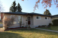 Charming renovated bungalow in Collingwood