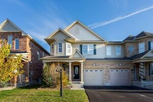 Beautiful Semi- Detached 2-Storey !!!!