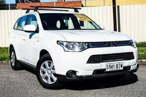 2012 Mitsubishi Outlander ZJ MY13 ES 2WD White 6 Speed Constant Variable Wagon Gepps Cross Port Adelaide Area Preview