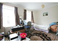 Large apartment situated within a private period property & located within seconds of Bermondsey Sq