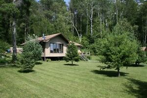 Lakefront Cottage For Sale on Clearwater Lake in Ontario
