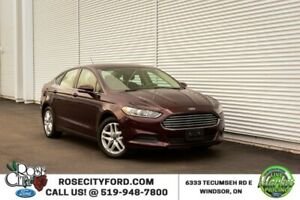 2013 Ford Fusion SE / Backup Cam / Nav / Bluetooth