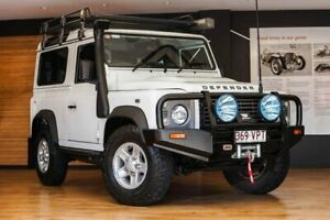 2015 Land Rover Defender White Manual Wagon Southport Gold Coast City Preview