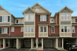 *IMMACULATE 3 BEDROOMS & 3 WASHROOMS RAVINE TOWNHOUSE IN MILTON*