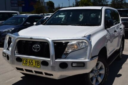 2015 Toyota Landcruiser Prado KDJ150R MY14 GX White 6 Speed Manual Wagon