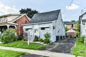 Affordable Starter Home  Walking Distance To The Oshawa Centre