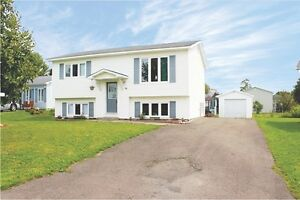 Lovely Starter - Just Minutes From All Amenities