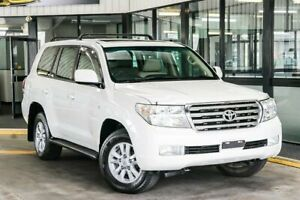 2008 Toyota Landcruiser VDJ200R Sahara (4x4) White 6 Speed Automatic Wagon