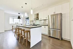 *Gigantic,3 bed 2.5 bath, almost BRAND NEW town house,1500 sqft*