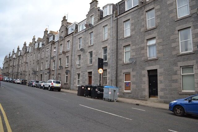 1 bedroom flat in Esslemont Avenue, City Centre, Aberdeen, AB25 1SP