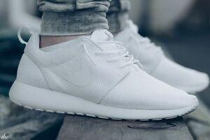 Nike- Rosche Sneakers White