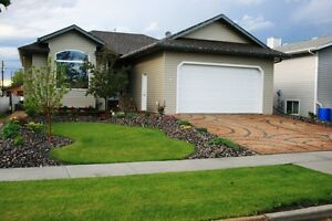 Lovely Home in Hay Lakes