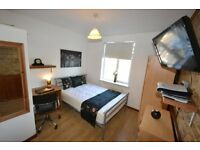 Trendy South Woodford Room. Inc TV LCD WOW in Room All MODERN NEW Channel Fast WiFi Cleaner