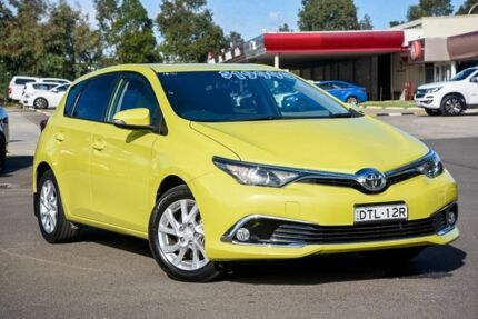 2016 Toyota Corolla ZRE182R Ascent Sport S-CVT Green 7 Speed Constant Variable Hatchback Penrith Penrith Area Preview
