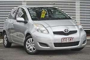2011 Toyota Yaris NCP90R MY11 YR Silver 4 Speed Automatic Hatchback Mount Gravatt Brisbane South East Preview