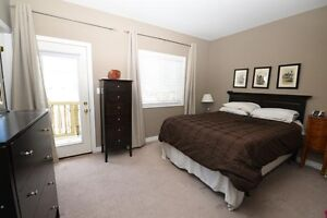 Rooms for rent in house 250m from SSFC****May 2017 Kawartha Lakes Peterborough Area image 7