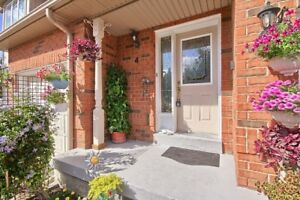 An Amazing Townhouse For Sale On Raylawson And Hurontario!!!