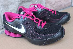 Nike Reax Run 7 women's running shoes Size US 9 (will fit US 8 ½