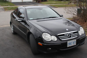 2006 Mercedes CL230 Sport Coupe V6 automatic. AWESOME!