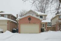 Lovely Detached House in a Great Family Area Of Mississauga
