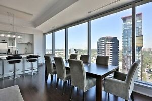 Two Bedrooms Luxury Condominium at Bay/Yorkville