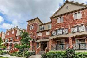 2Br Stacked Townhouse (corner unit)for sale-Dundas/SixthLine-